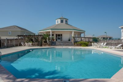 Heritage Shores Pool